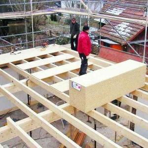 16 - Neue Balkenlage Auf Bestehende Grundmauern