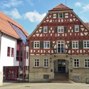 15 - Das Rathaus Nach Der Restaurierung